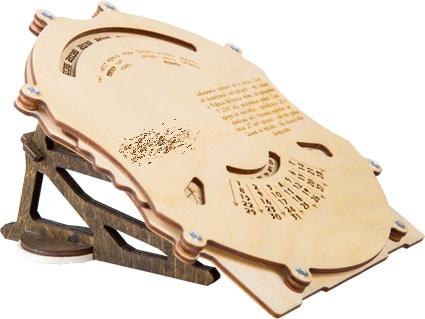 календарь из дерева, лазерная резка